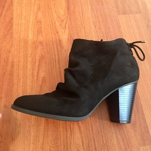 Like New Black Ankle Suede Booties Shoes Slouchy